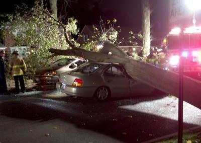 1277350048_car 1 smashed
